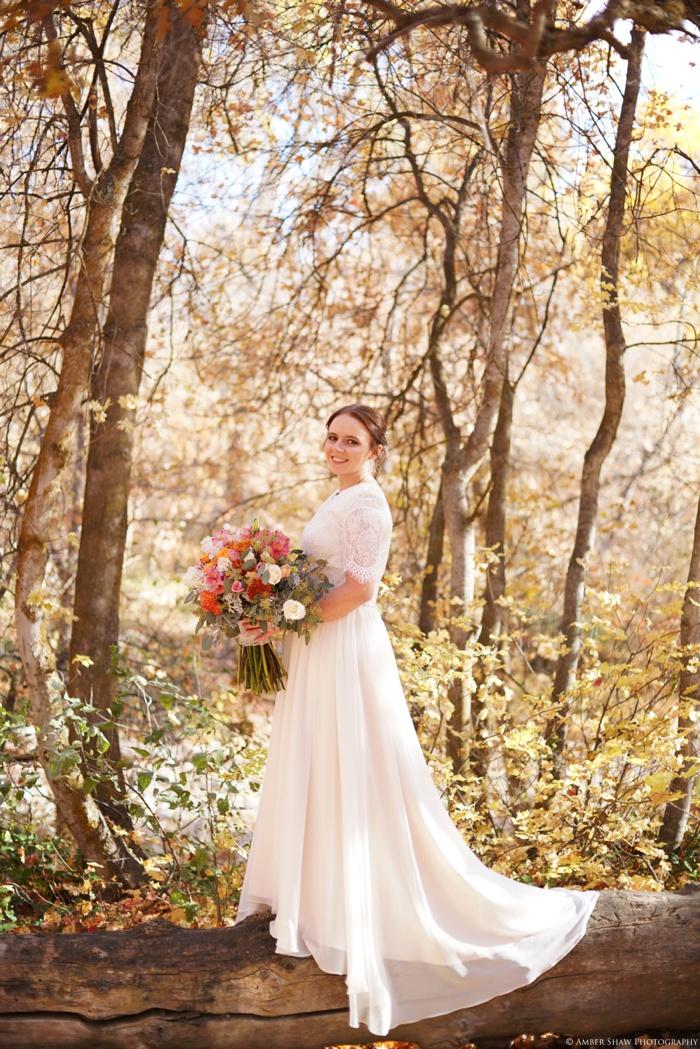 Fall_Payson_Temple_Utah_Wedding_Photographer_0011.jpg