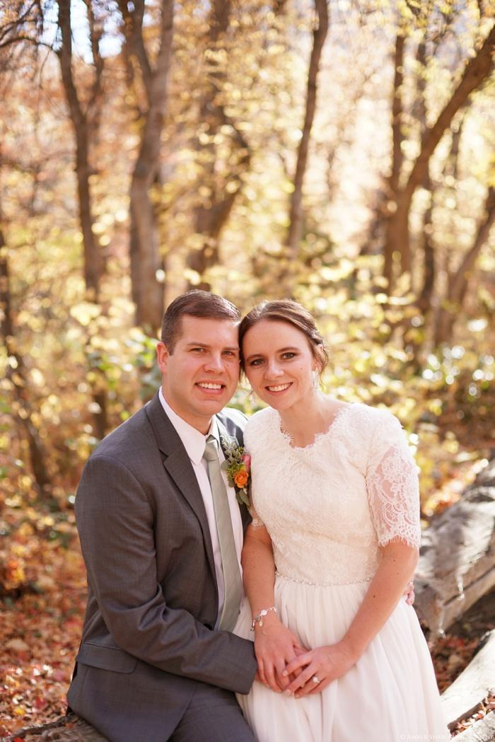 Fall_Payson_Temple_Utah_Wedding_Photographer_0018.jpg