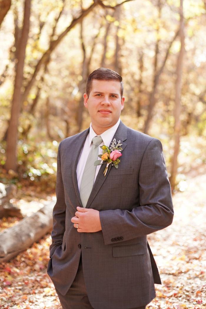 Fall_Payson_Temple_Utah_Wedding_Photographer_0020.jpg