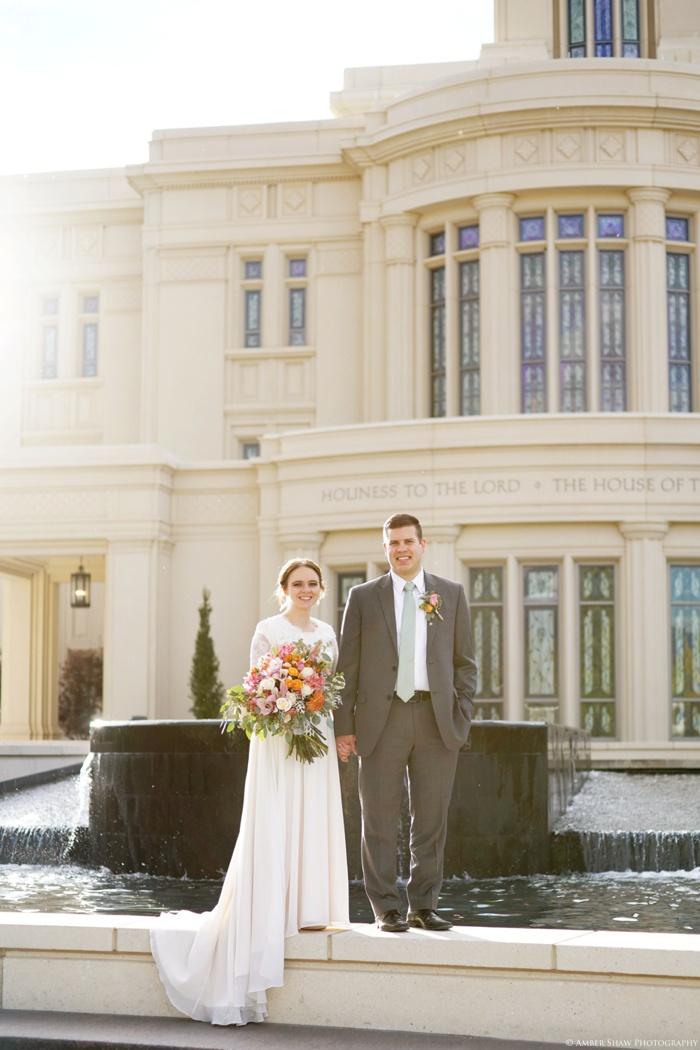 Fall_Payson_Temple_Utah_Wedding_Photographer_0033.jpg