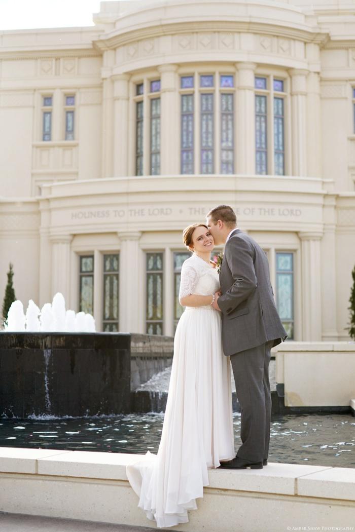 Fall_Payson_Temple_Utah_Wedding_Photographer_0035.jpg
