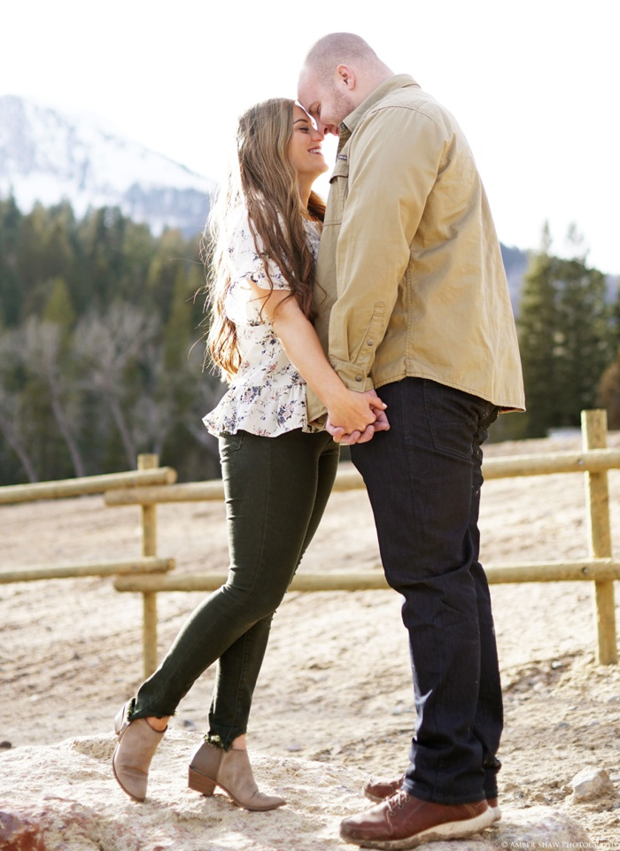 Tibblefork_Engagement_Utah_Wedding_Photographer_0032.jpg