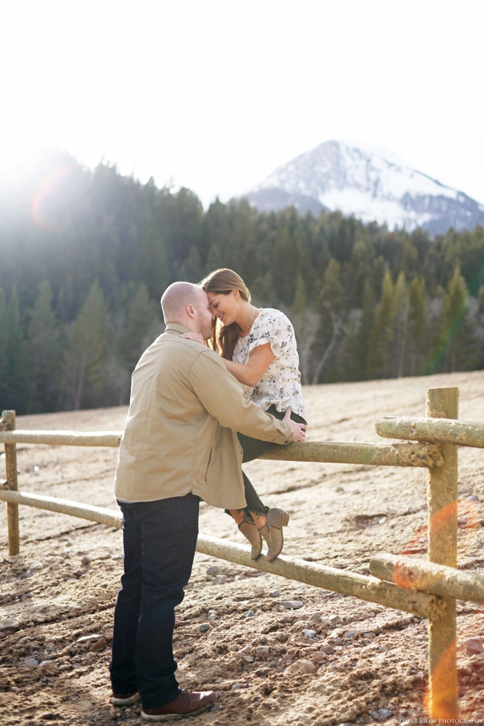 Tibblefork_Engagement_Utah_Wedding_Photographer_0035.jpg