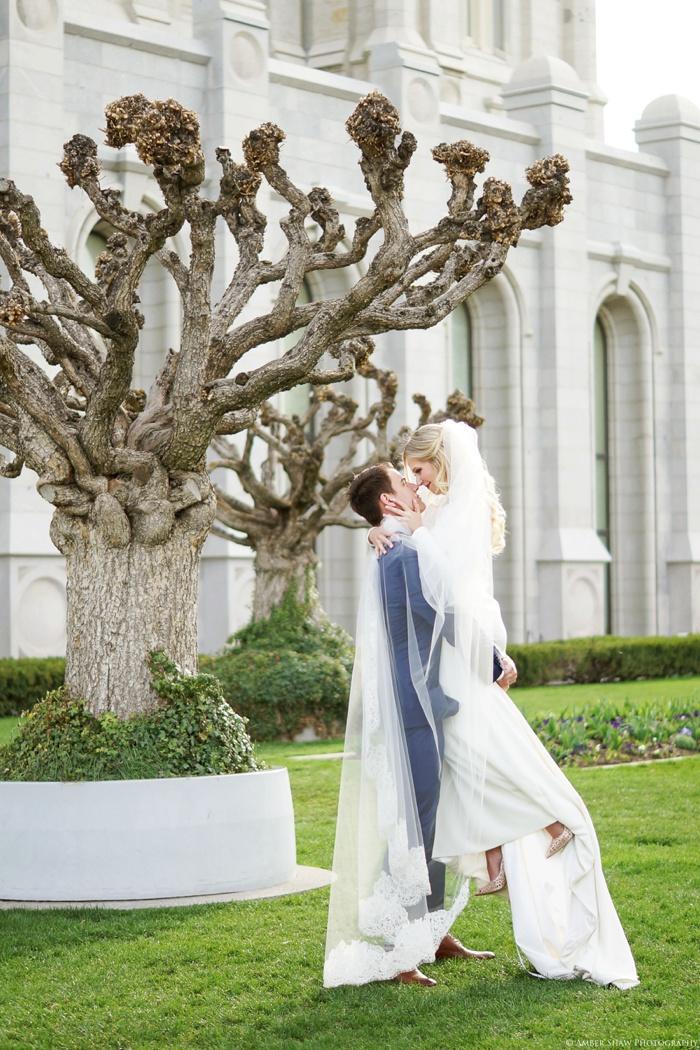 Spring_Salt_Lake_Temple_Heritage_Gardens_Wedding_Utah_Photographer_0143.jpg