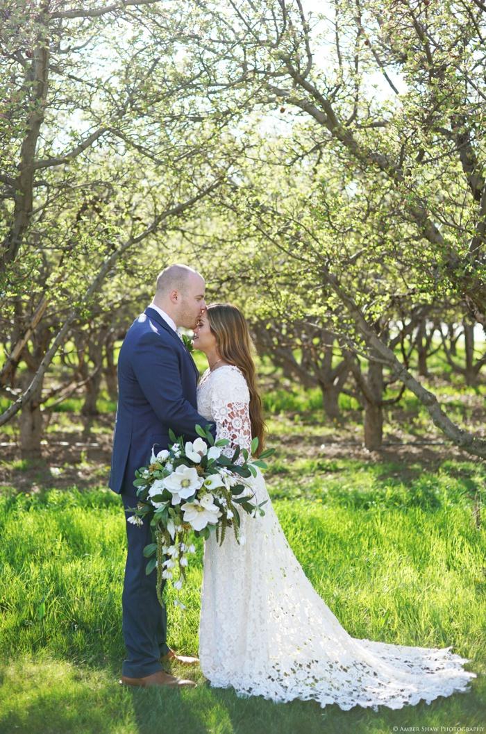 Provo_Orchard_Bridal_Groomal_Session_Utah_Wedding_Photographer_0001.jpg