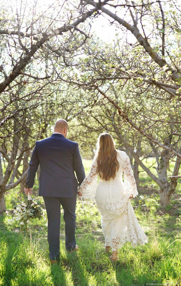 Provo_Orchard_Bridal_Groomal_Session_Utah_Wedding_Photographer_0018.jpg