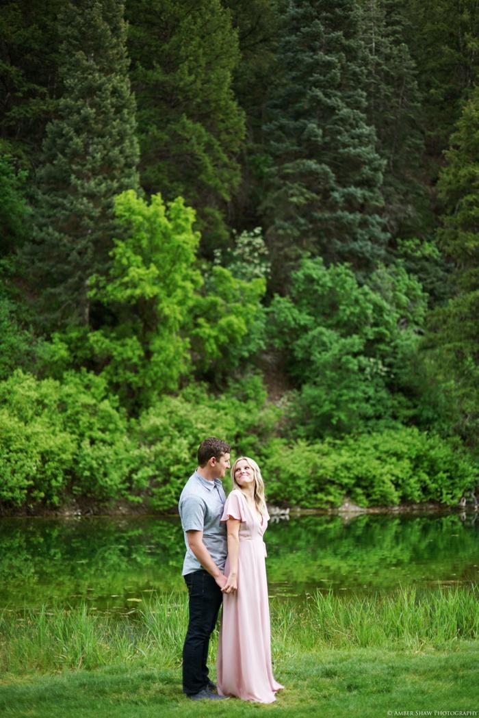 Provo_Springtime_Engagement_Session_Utah_Wedding_Photographer_0023.jpg