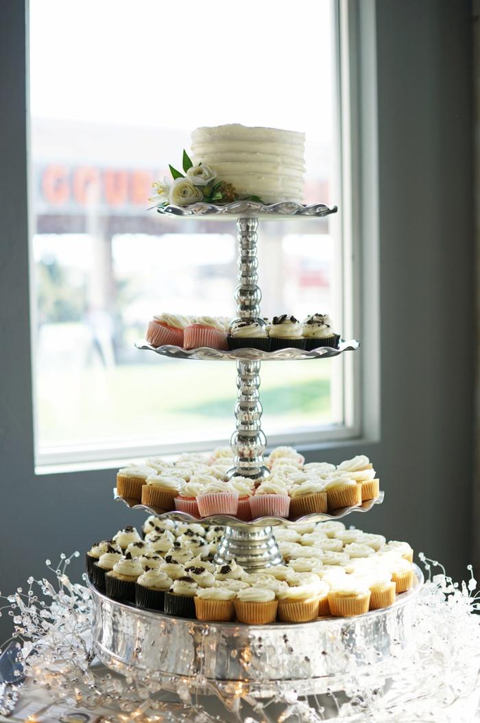 Draper_Temple_Wedding_Marleys_Reception_Utah_Wedding_Photographer_0088.jpg