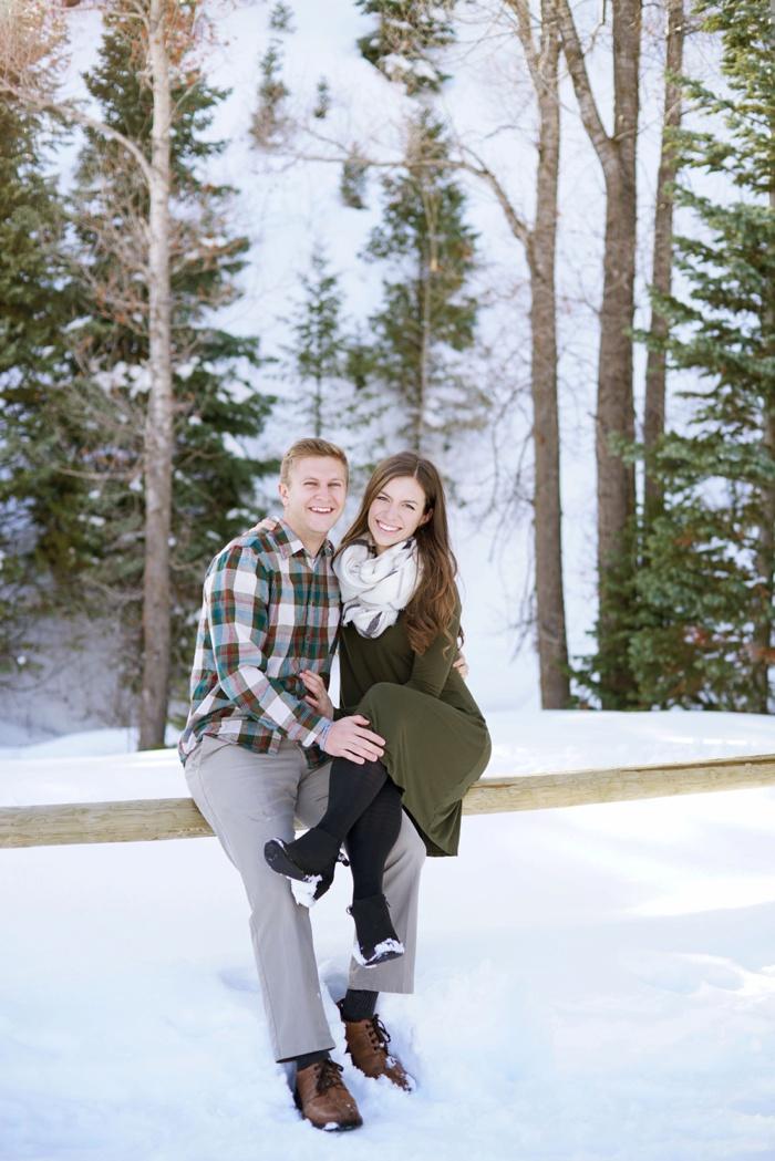 Snowy_Tibblefork_Engagement_Wedding_Utah_Photographer_0008.jpg