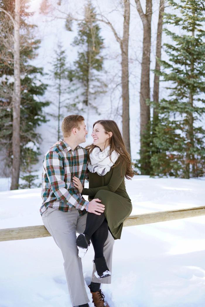 Snowy_Tibblefork_Engagement_Wedding_Utah_Photographer_0009.jpg