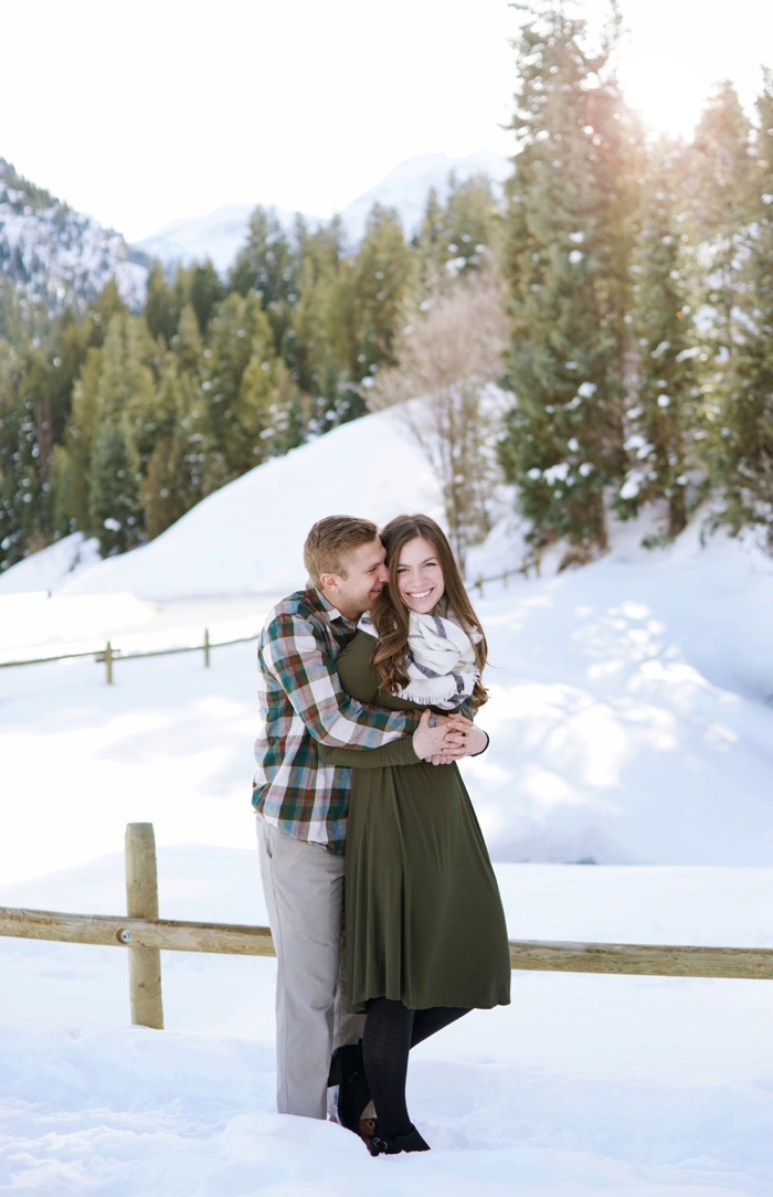 Snowy_Tibblefork_Engagement_Wedding_Utah_Photographer_0011.jpg