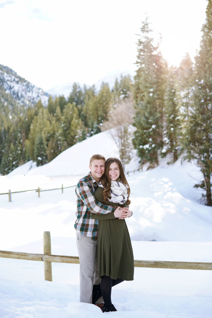 Snowy_Tibblefork_Engagement_Wedding_Utah_Photographer_0012.jpg