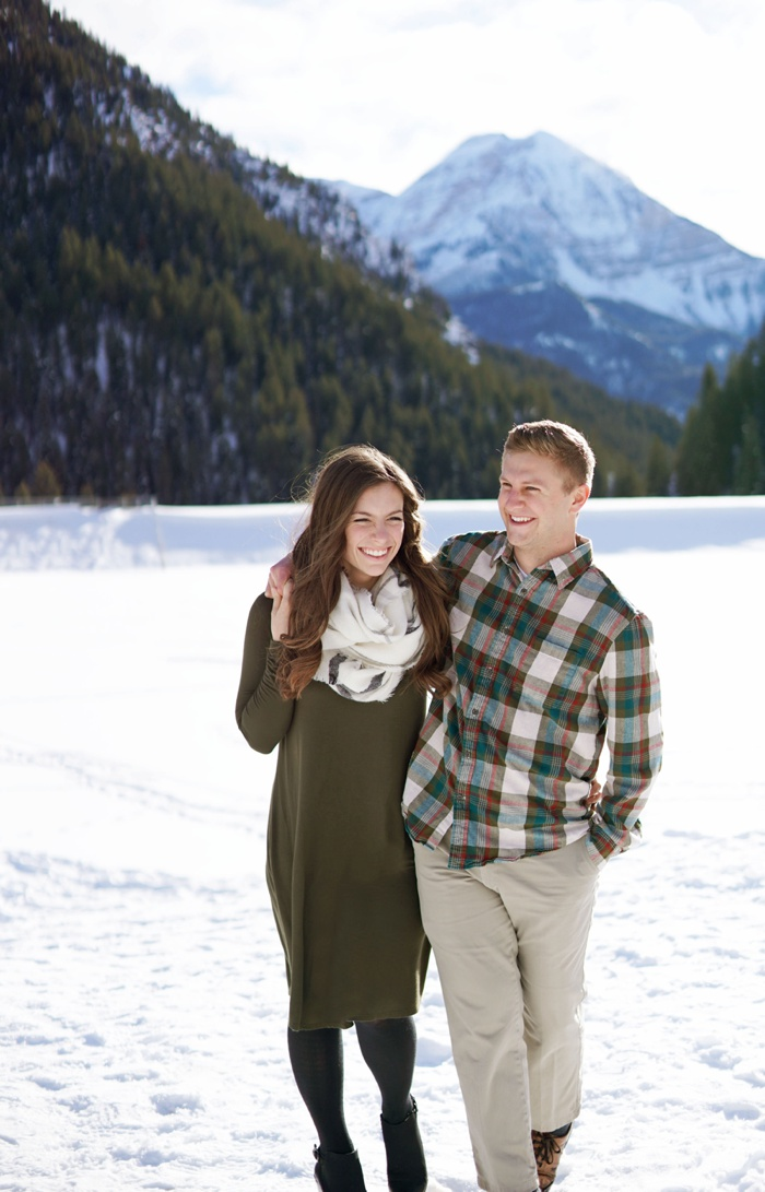 Snowy_Tibblefork_Engagement_Wedding_Utah_Photographer_0017.jpg