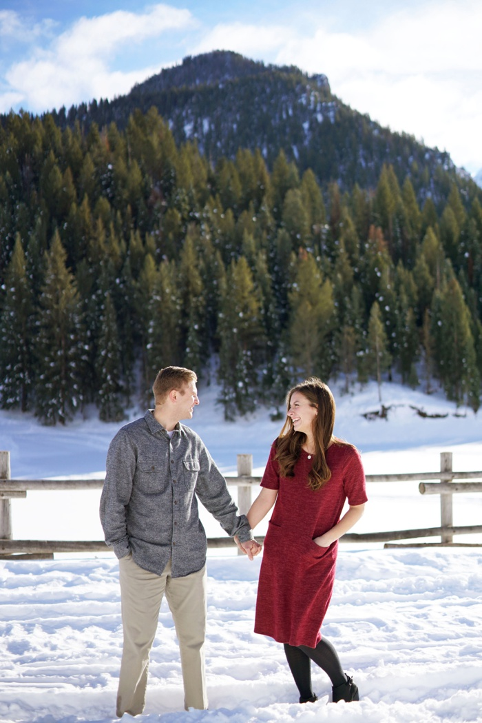 Snowy_Tibblefork_Engagement_Wedding_Utah_Photographer_0019.jpg