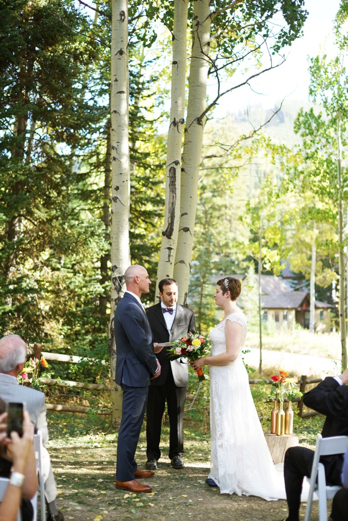 Silver_Fork_Lodge_Fall_Wedding_Utah_Photographer_0019.jpg