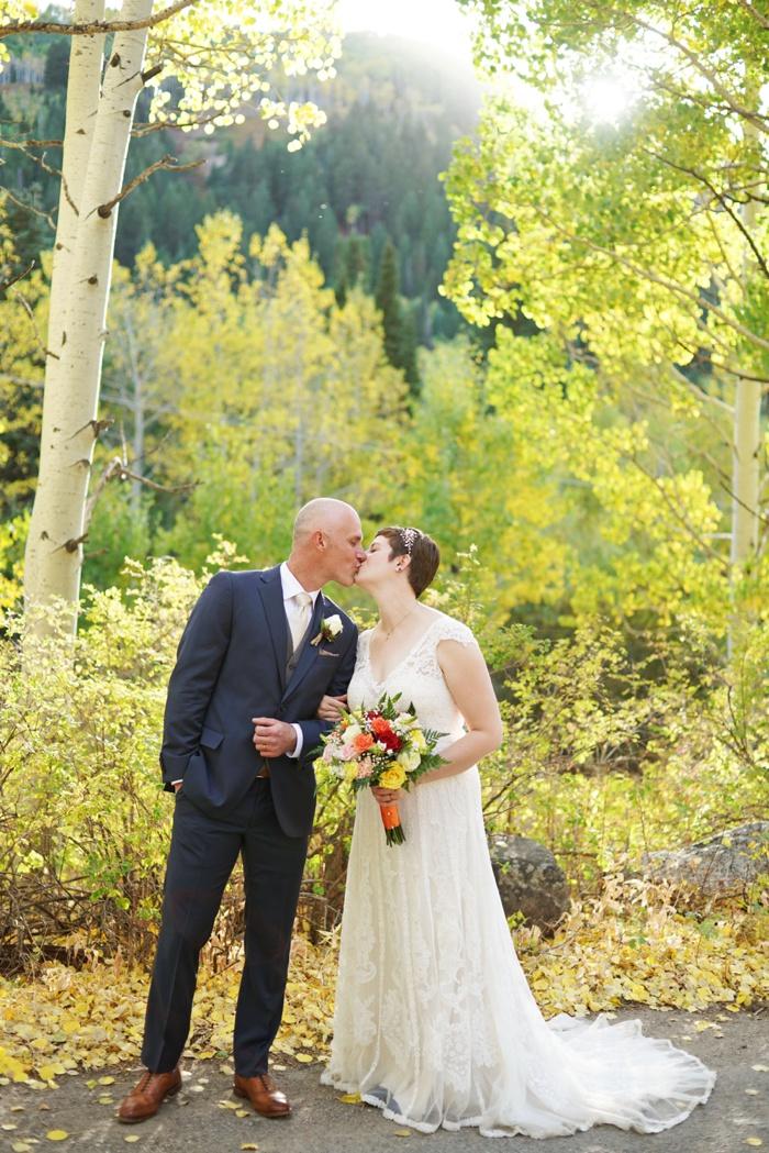 Silver_Fork_Lodge_Fall_Wedding_Utah_Photographer_0040.jpg