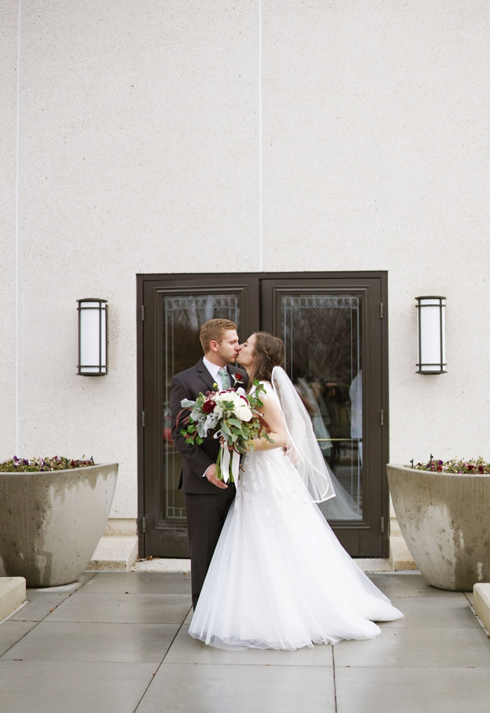 Jordan_River_Temple_Highland_Gardens_Wedding_Utah_Photographer_0008.jpg
