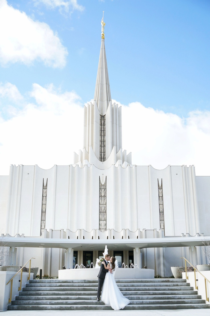 Jordan_River_Temple_Highland_Gardens_Wedding_Utah_Photographer_0024.jpg