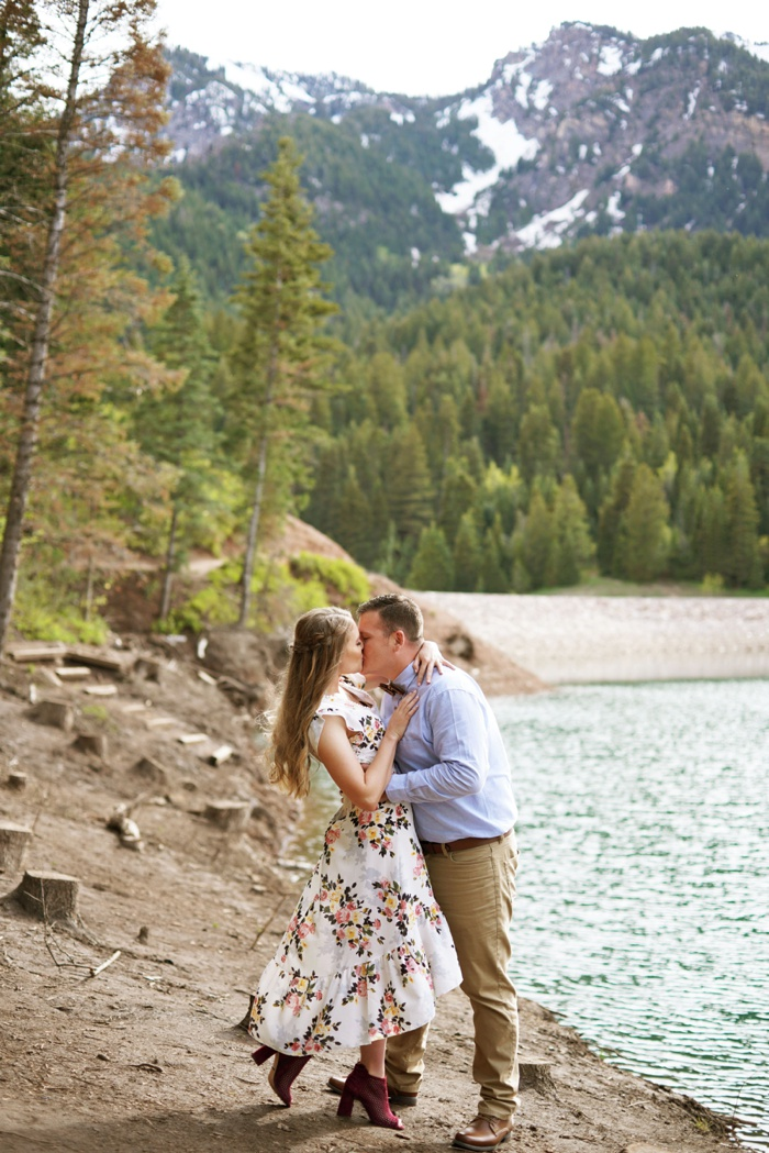 Tibblefork_Engagement_Session_Utah_Wedding_Photographer_0008.jpg