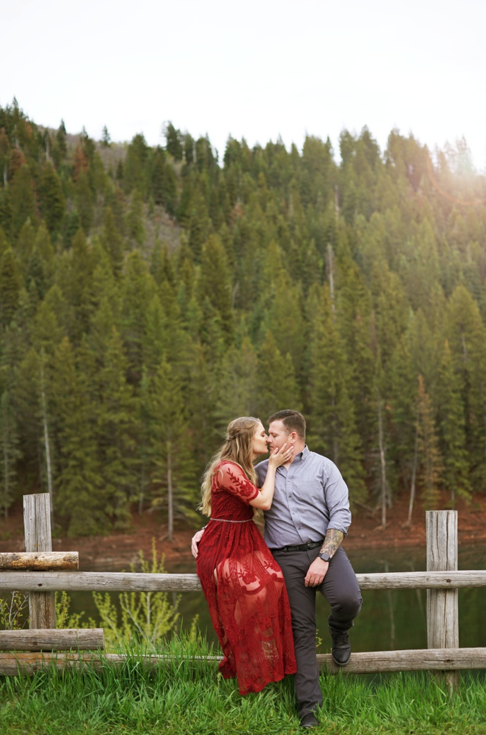 Tibblefork_Engagement_Session_Utah_Wedding_Photographer_0039.jpg