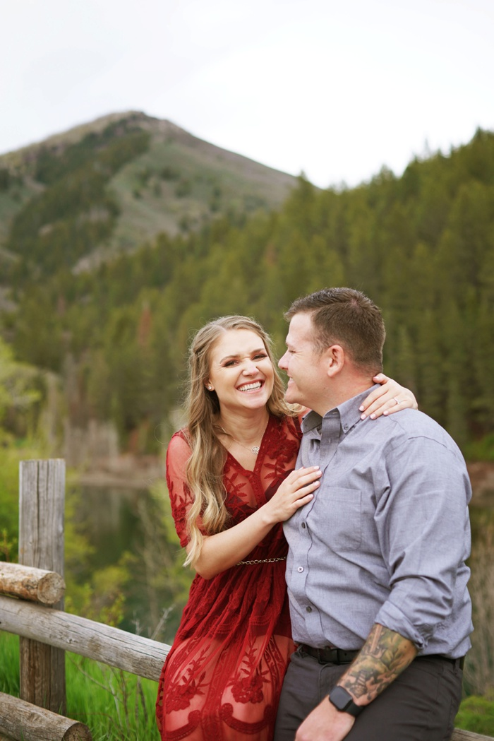 Tibblefork_Engagement_Session_Utah_Wedding_Photographer_0041.jpg