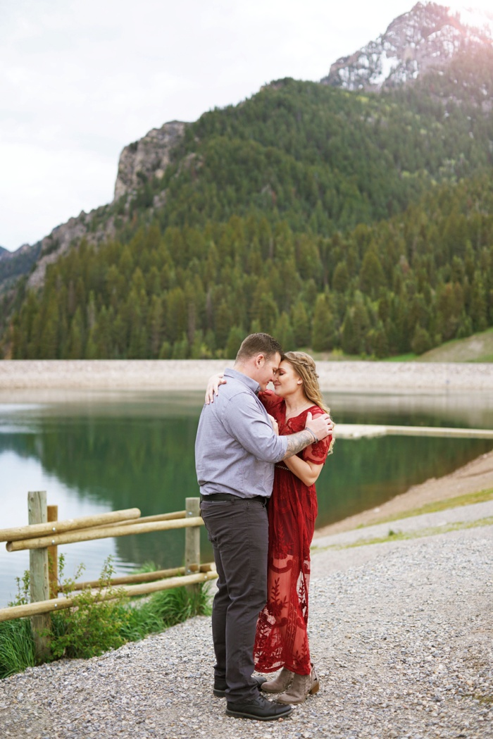 Tibblefork_Engagement_Session_Utah_Wedding_Photographer_0056.jpg