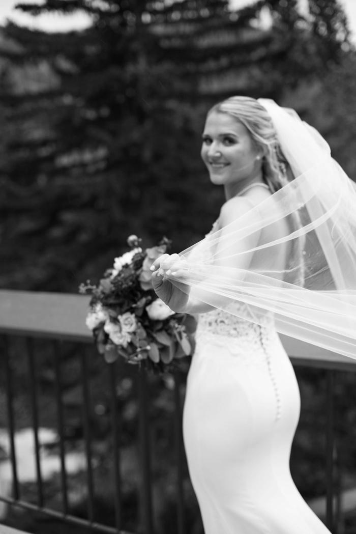 Snowbird_Bridal_Session_Utah_Wedding_Photographer_0018.jpg