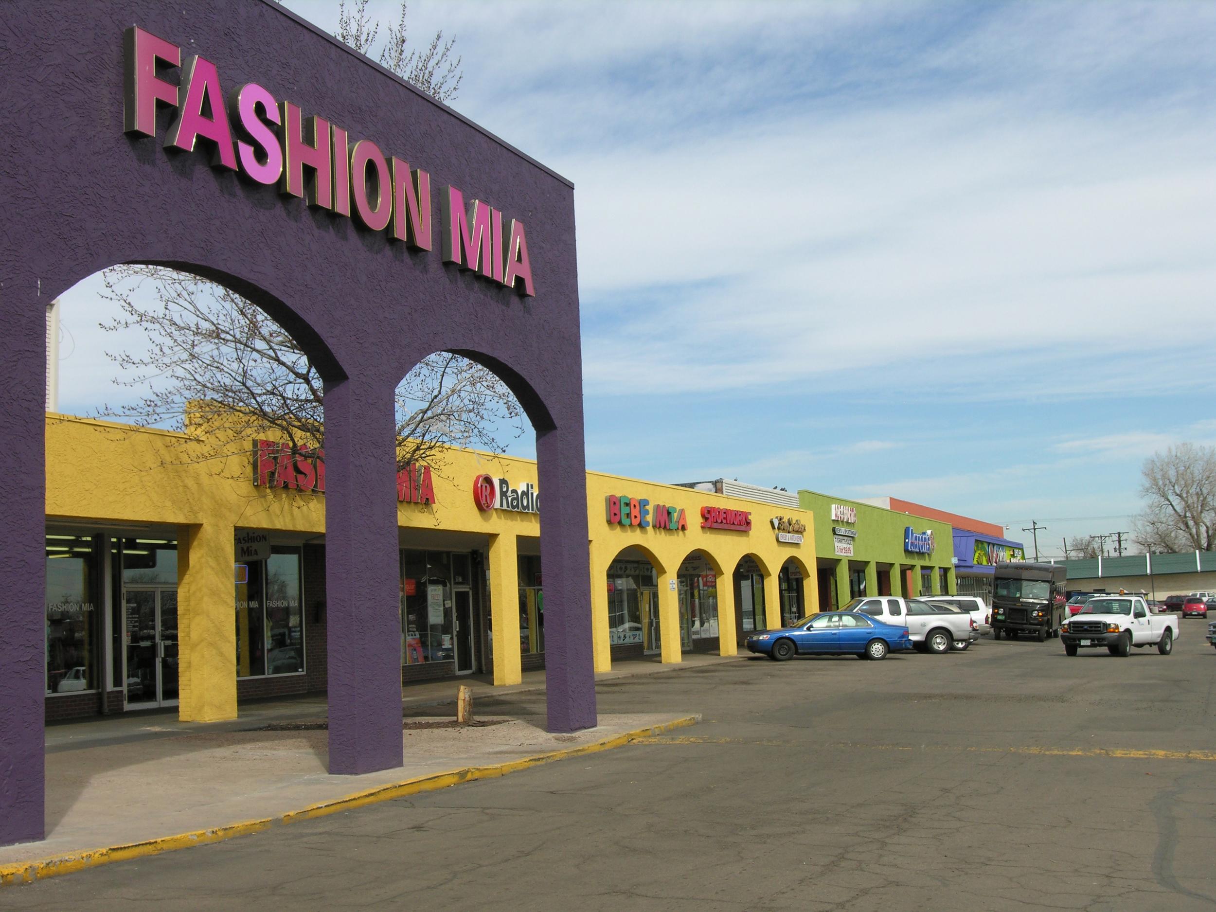 color-trends-retail-strip.jpg
