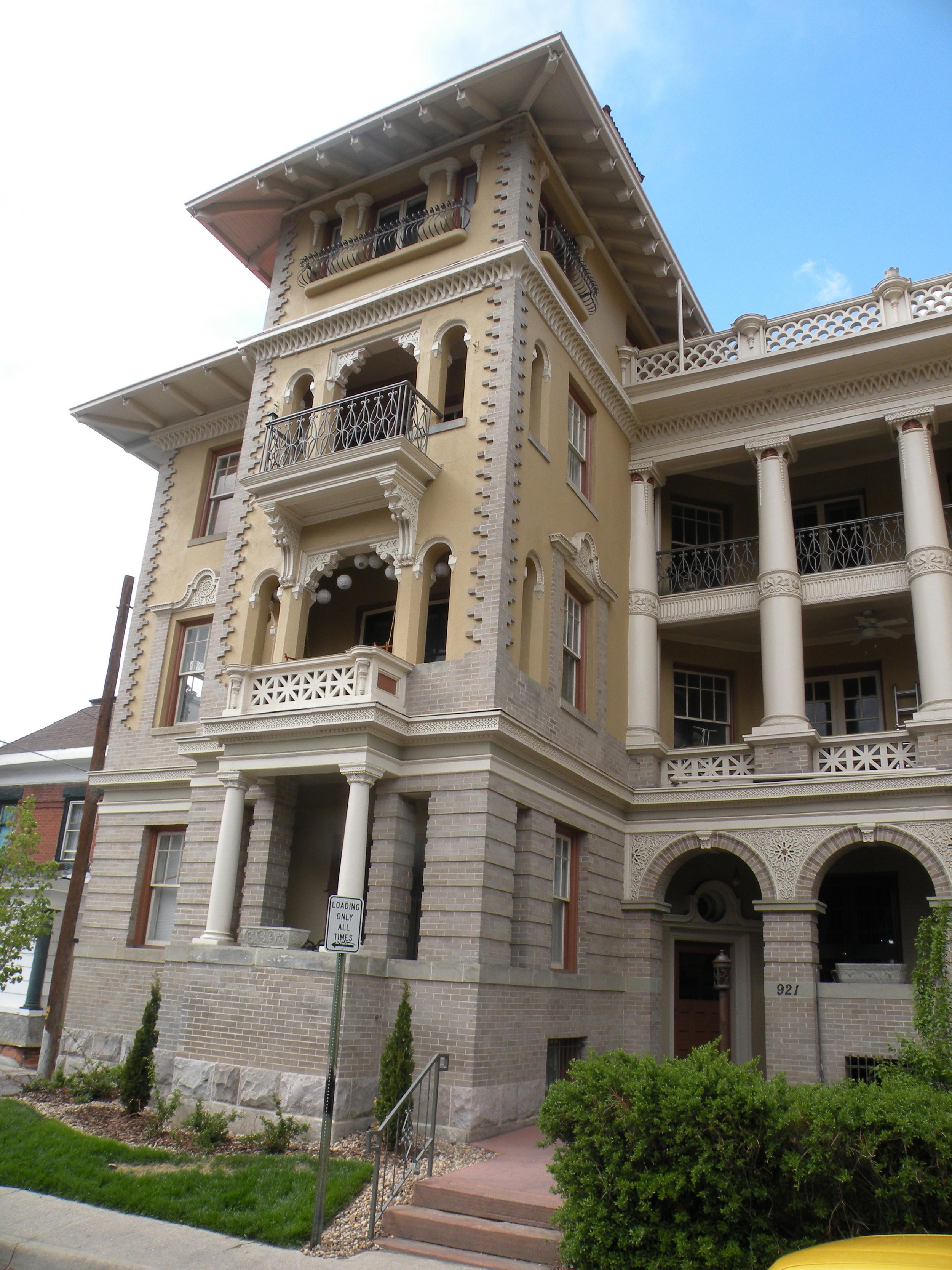 Exterior-colors-1-historic-apartments.jpg