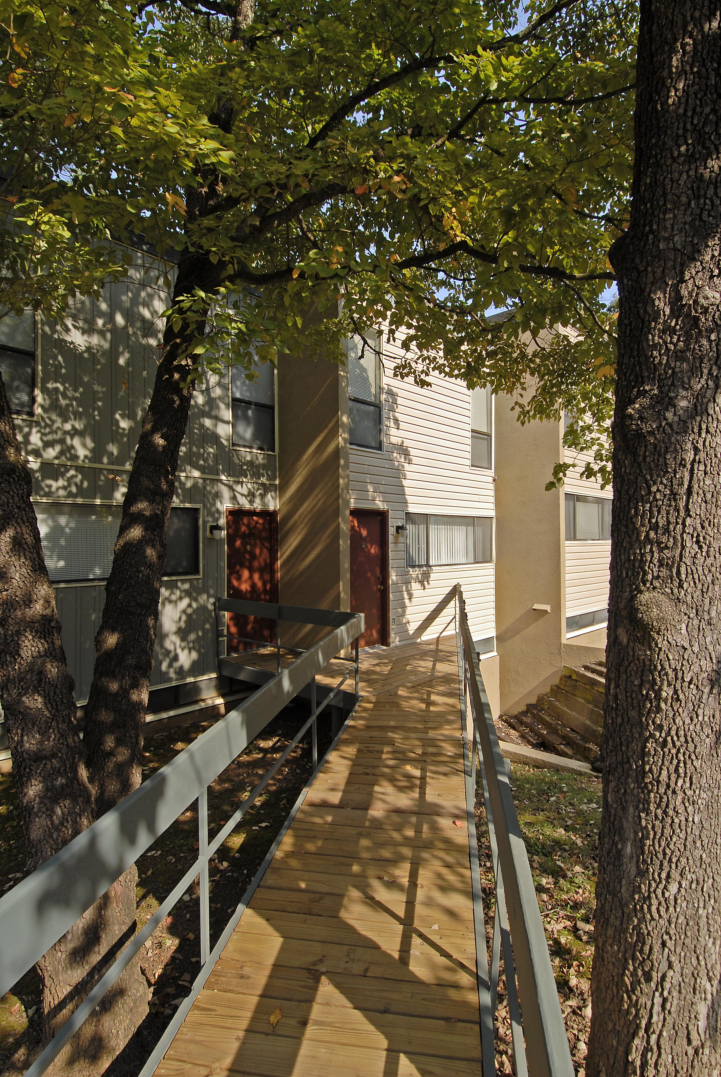 exterior-colors-apartment-living3.jpg