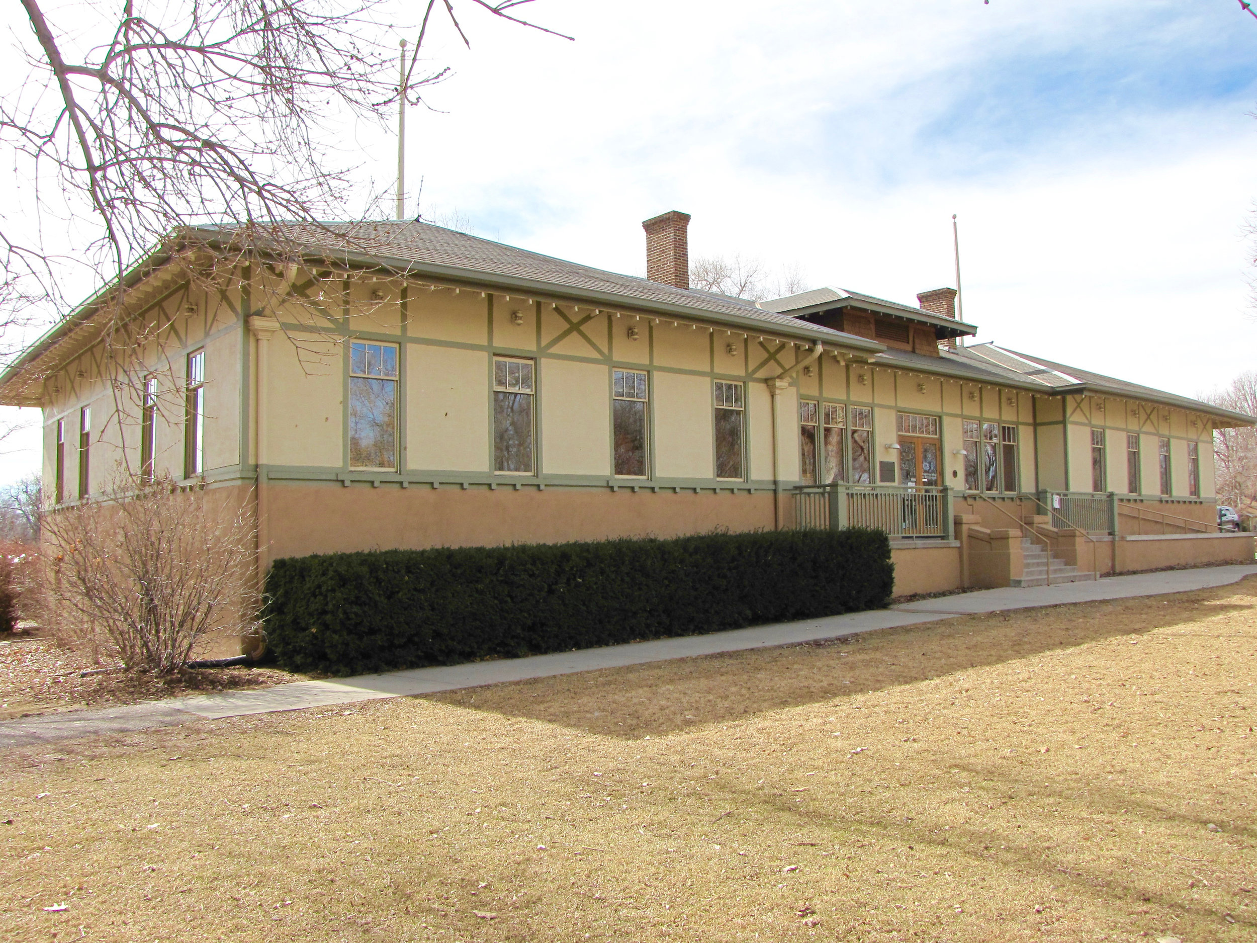 Dos Chappell Bathhouse-Washington Park, Denver