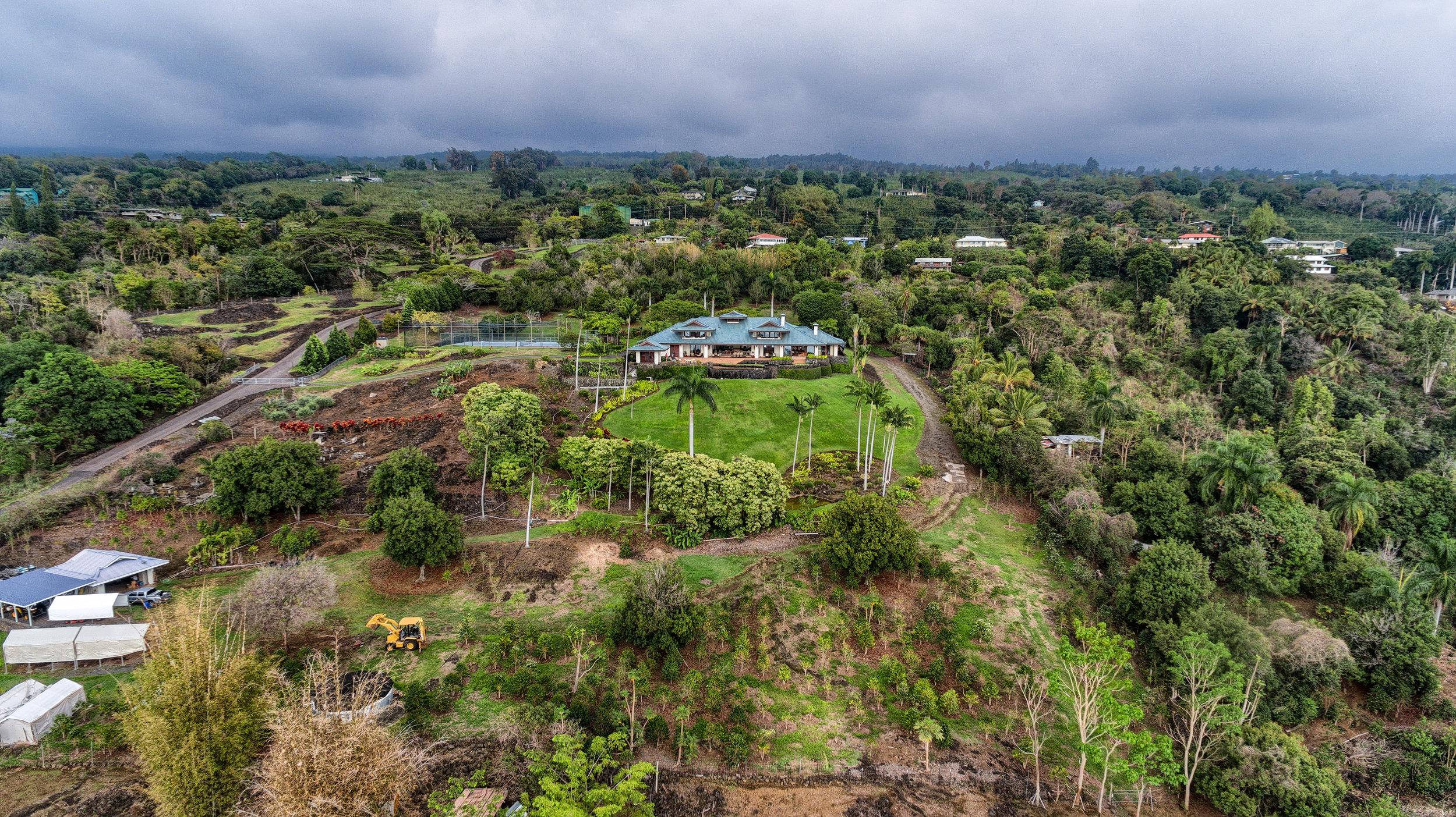Holualoa   Mamalahoa Estate   $14.5 million   3BR/3.5BA   5,391 SF   90 acres   MLS#295006
