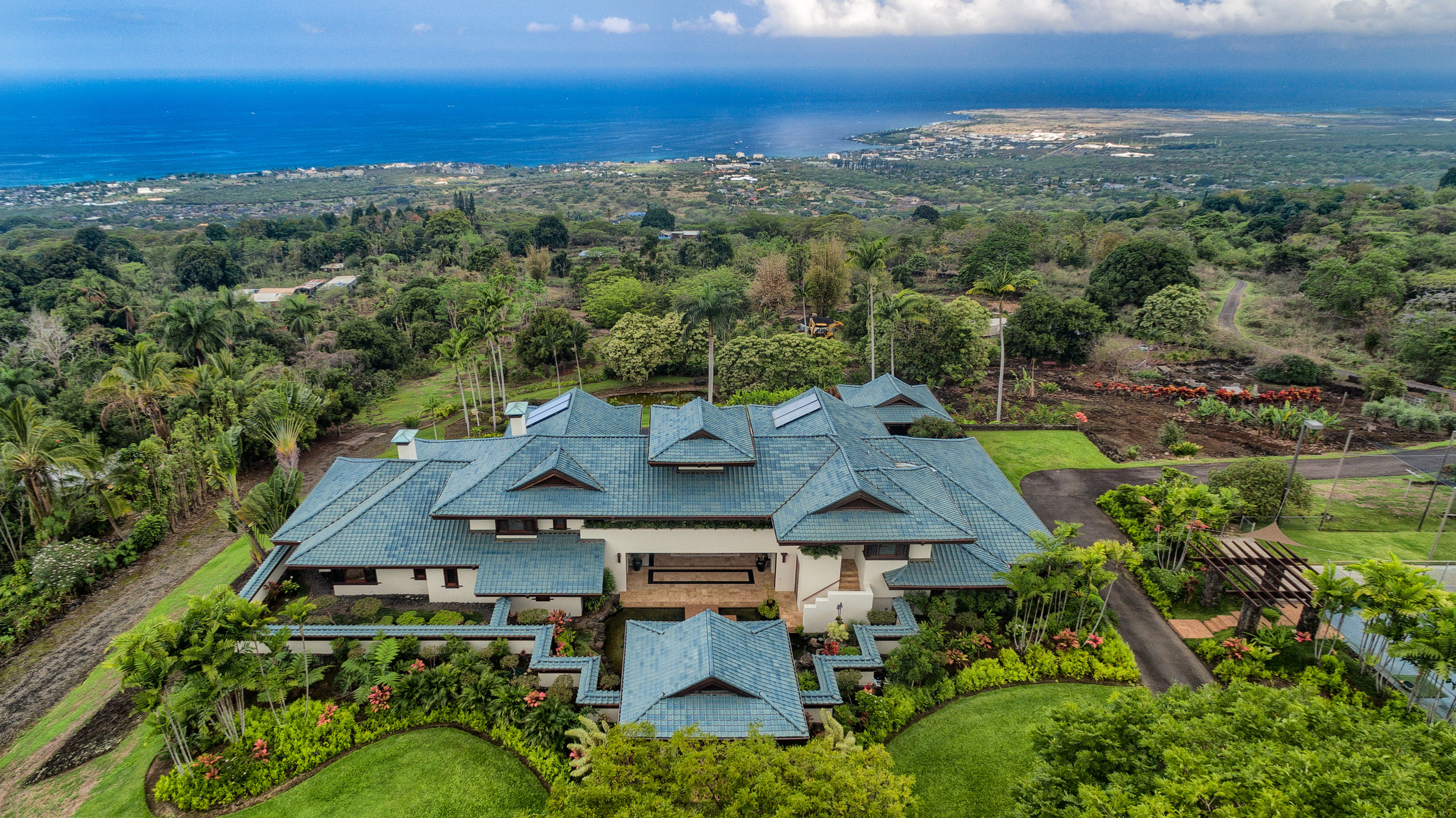 Hillside estate  perched on the slopes of Hualalai Mountain in Holualoa.