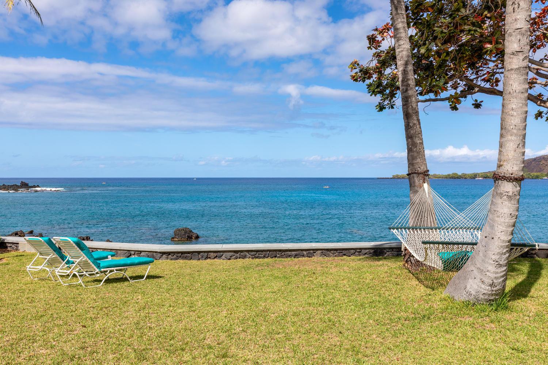 Kealakekua Bay Estate   $2.49 million   3 BR / 2.5 BA + studio   2,636 sq. ft. interior just under ½ acre     MLS #625807