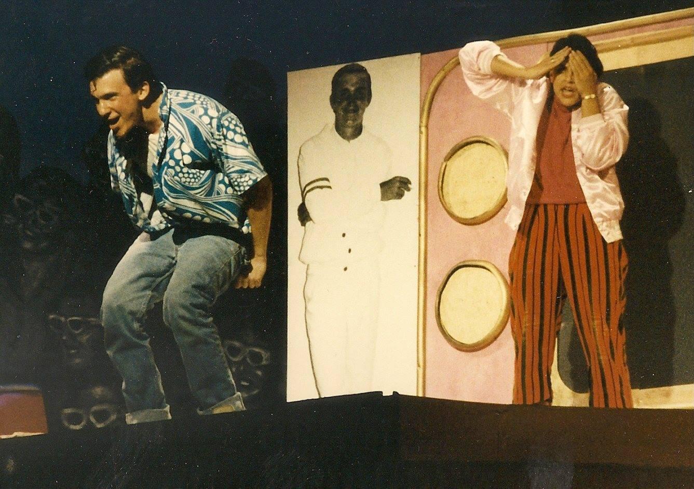 Roger ( Ed Spitzberg)  moons Jan ( Amy Delouse) (1987)