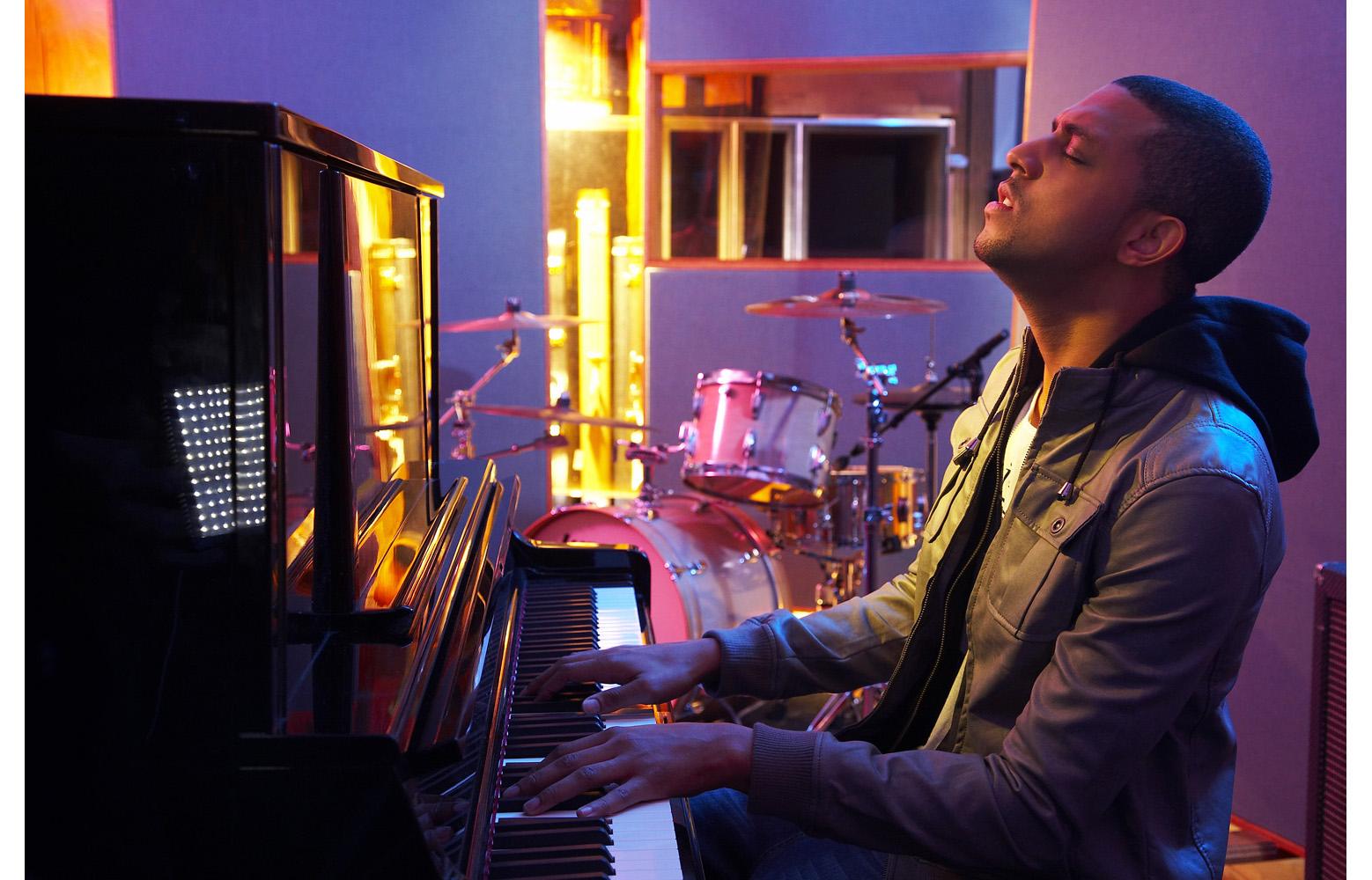 MATEO_PIANO_078.jpg