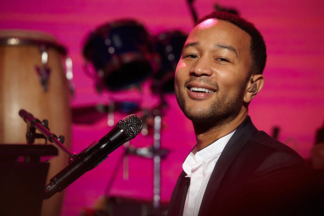 w1JOHN-LEGEND-MUSIC-102415_93.jpg