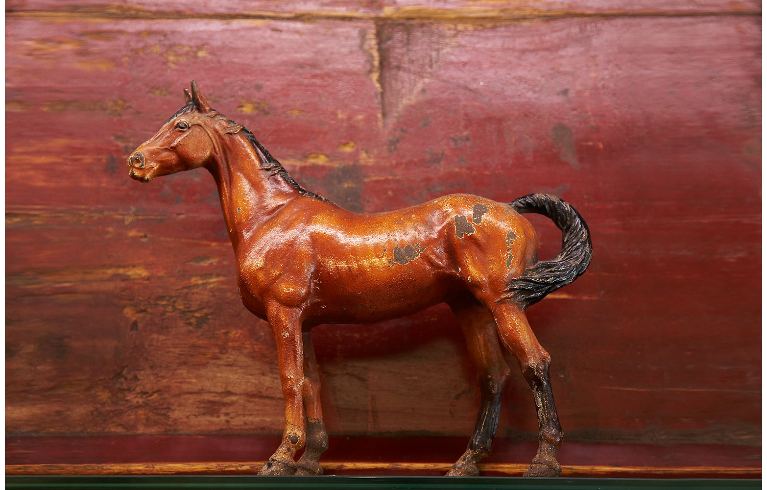 w2VINTAGE-HORSE-RED-PATINA.jpg