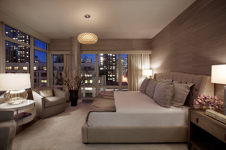 wFN-Bedroom-Night-1355-1ST-AVE-NYC_SANTOPIETRO_400.jpg