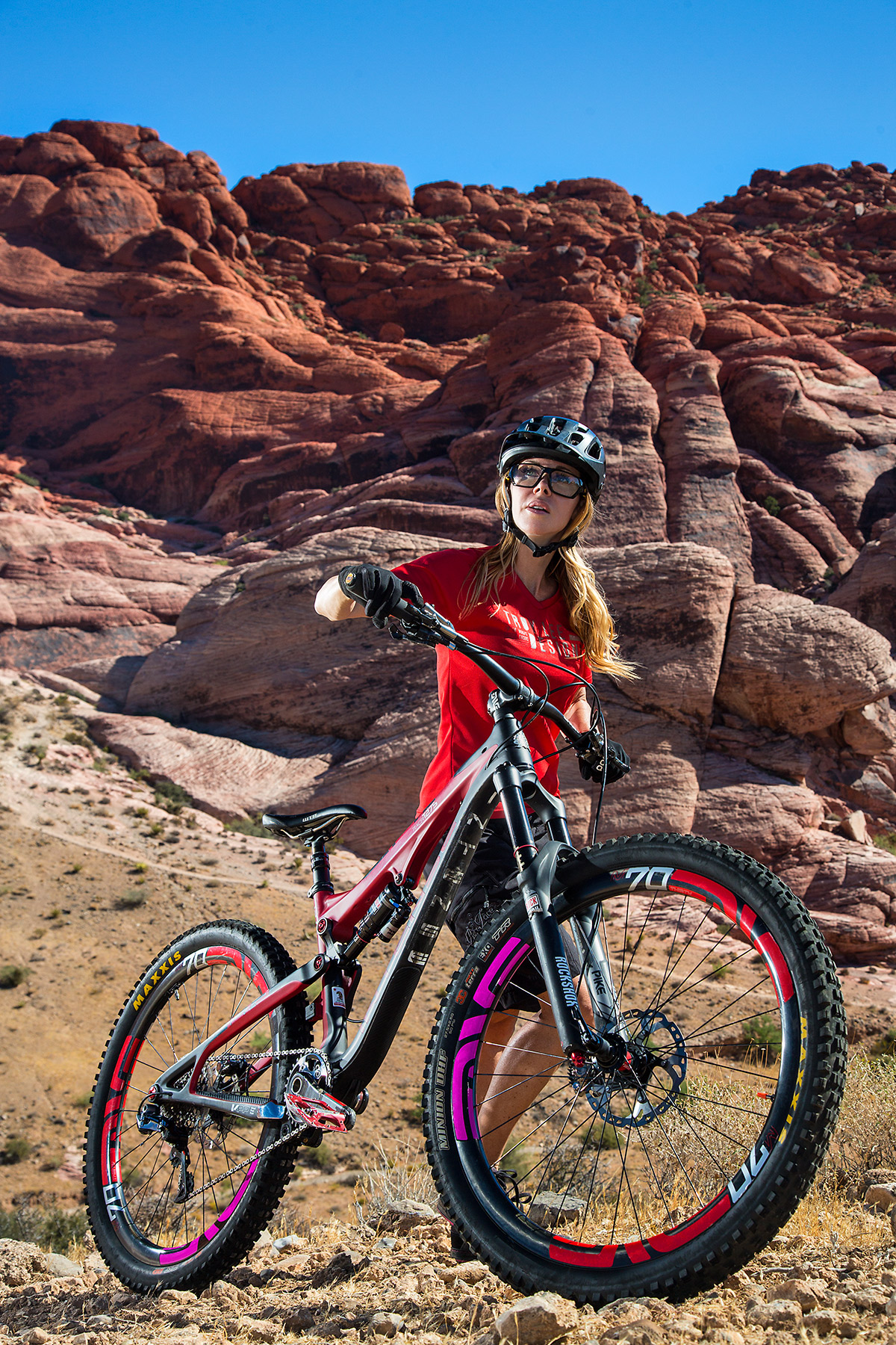 MOUNTAIN-BIKE_RED-ROCKS_NEVADA MATHIS ACTION SPORTS PORTRAIT © JONATHAN R. BECKERMAN PHOTOGRAPHY 4.jpg