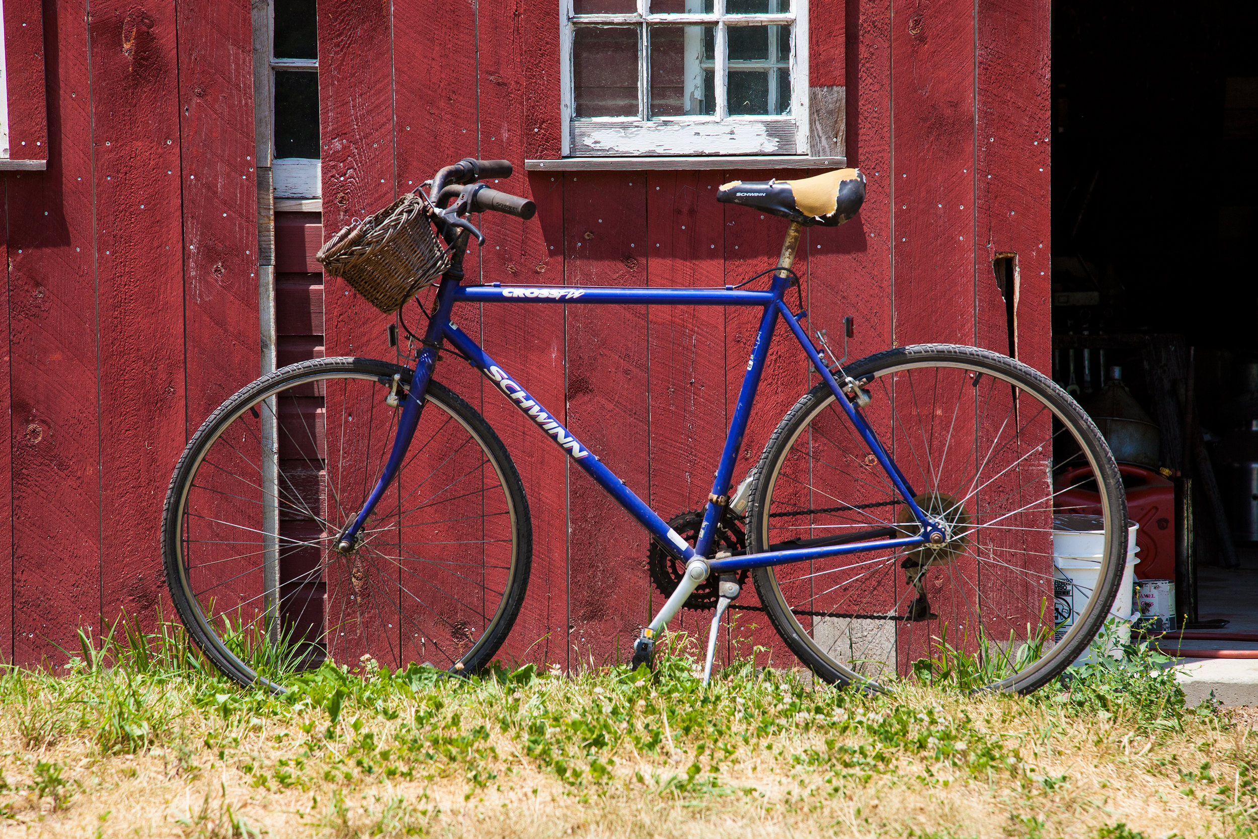 BIKE-STONEWALL-DAIRY-FARM-2016-©-JONATHAN-R.-BECKERMAN-PHOTOGRAPHY-2.jpg
