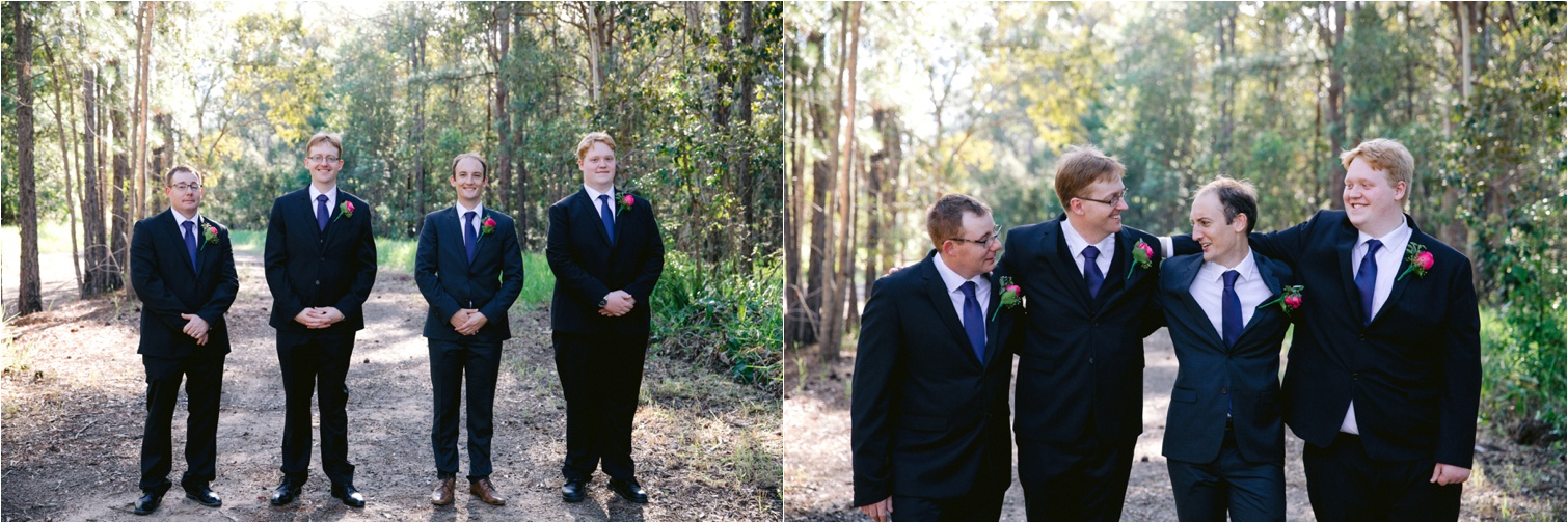 Relaxed_Groomsmen_Photography