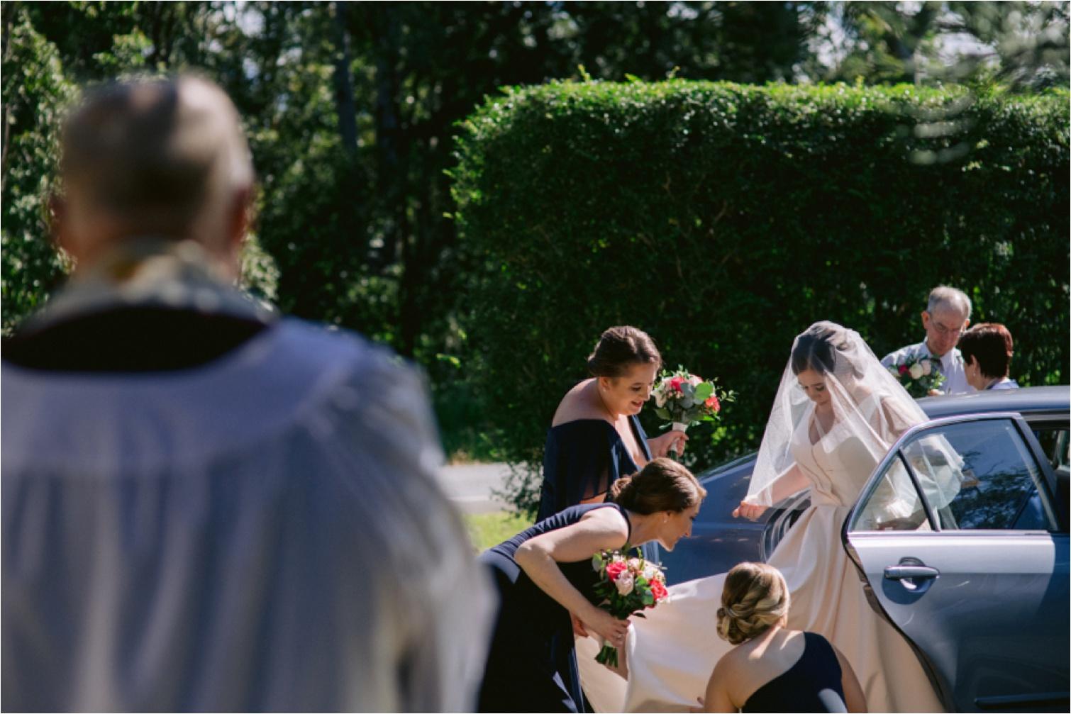Bribie_Island_Wedding_Photography_bride_arrival