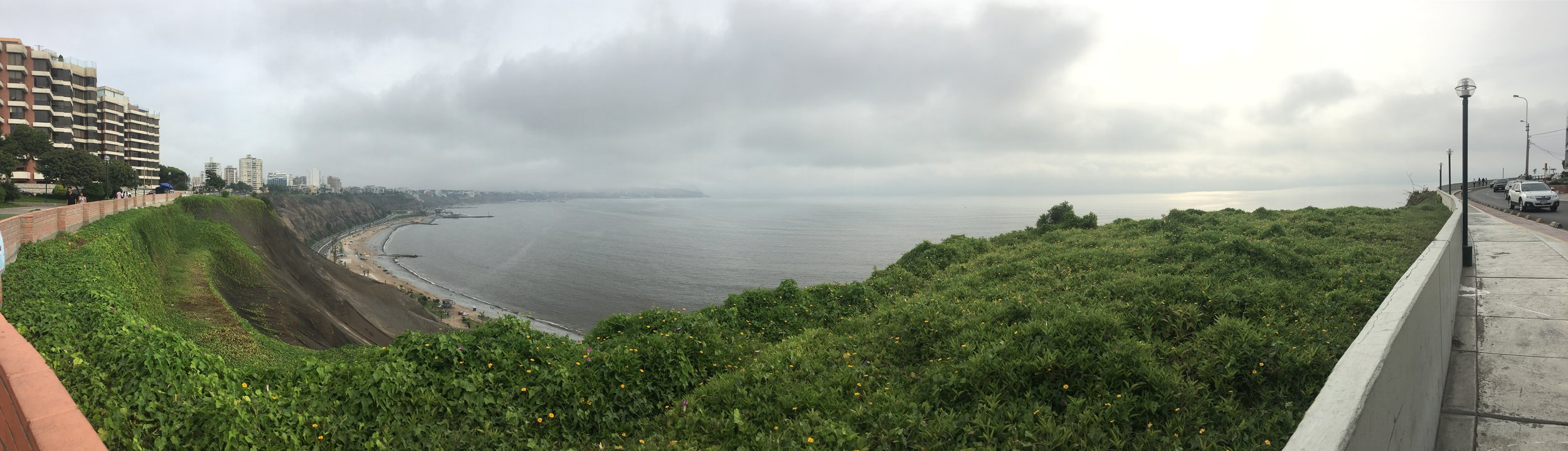 The view of the Pacific Ocean as we walk along the Malecon.