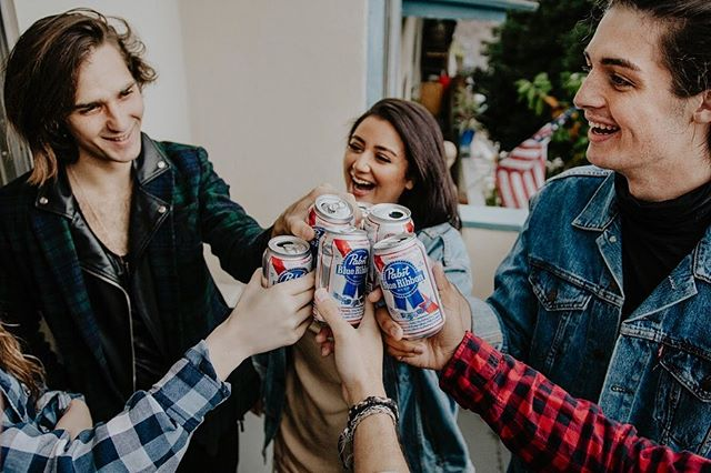 Crack a cold one YEE YEE! 🍻 Oh hey so I did a @pabstblueribbon shoot with some fun folks a few months back enjoy these shots ❤️💙 . . . . . . #quietthechaos #portraitstream #moodyports #bleachmyfilm #visualsoflife #tgscollective #portraitgames #ig_mood #moodyfilm #aovportraits #portraitsociety #bravoportraits #theportraitpr0ject #l0tsofbraids #folkportraits #portraitvision  #tangledinfilm #ftwotw #darkmornings #portraitgames