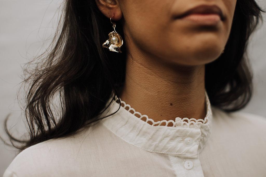 Reliquia   Zanzibar Pearl Earrings + Stevie May   Fantasy Blouse