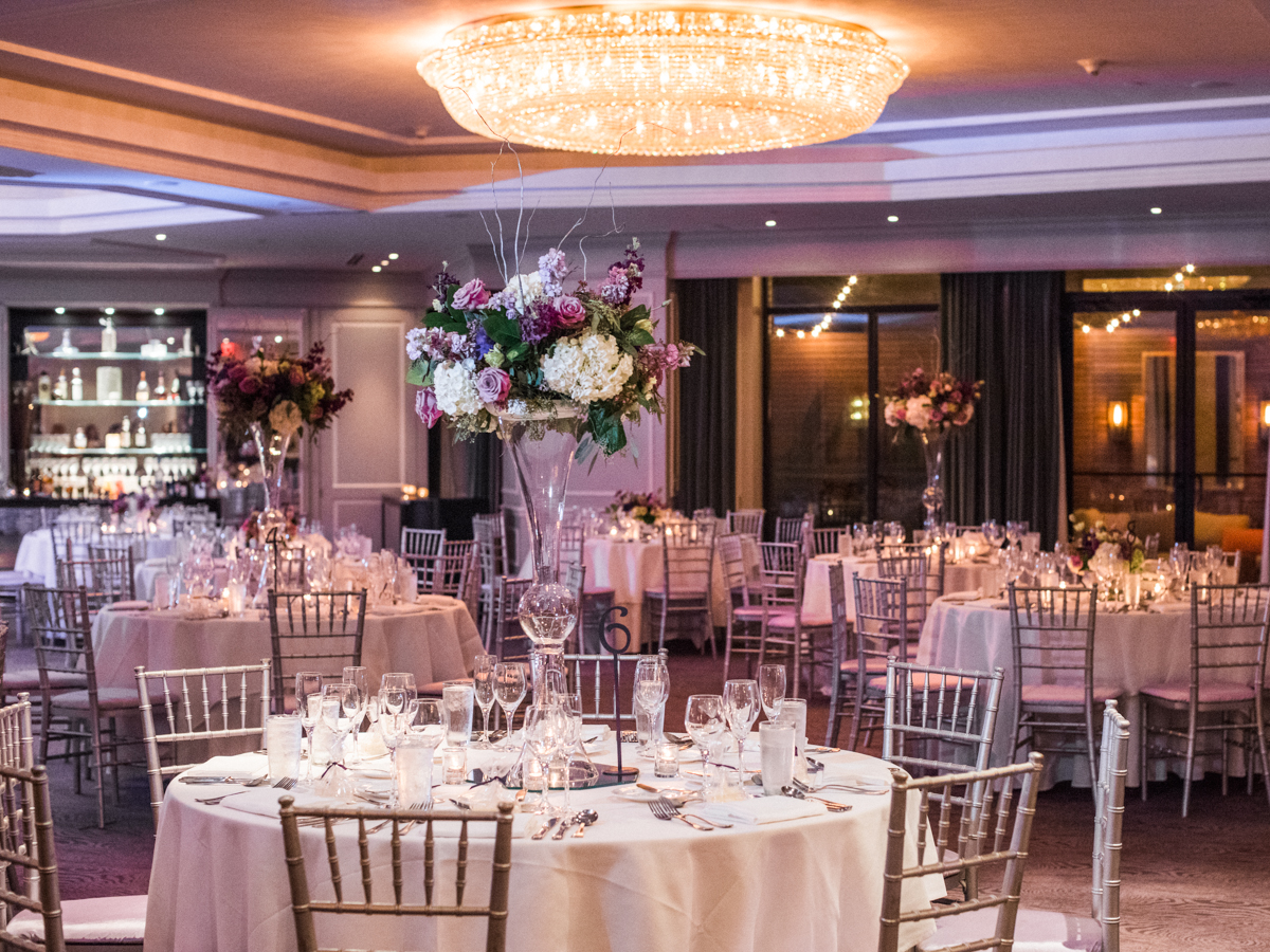 Photography:   Lissa Ryan Photography       Venue:   Dupont Circle Hotel