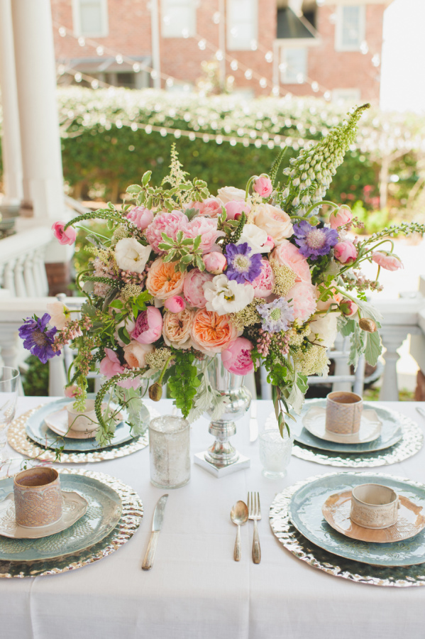 Event Planning:   Elle Affairs     Floral Design:   Southern Posies     Photography:   Spindle Photography