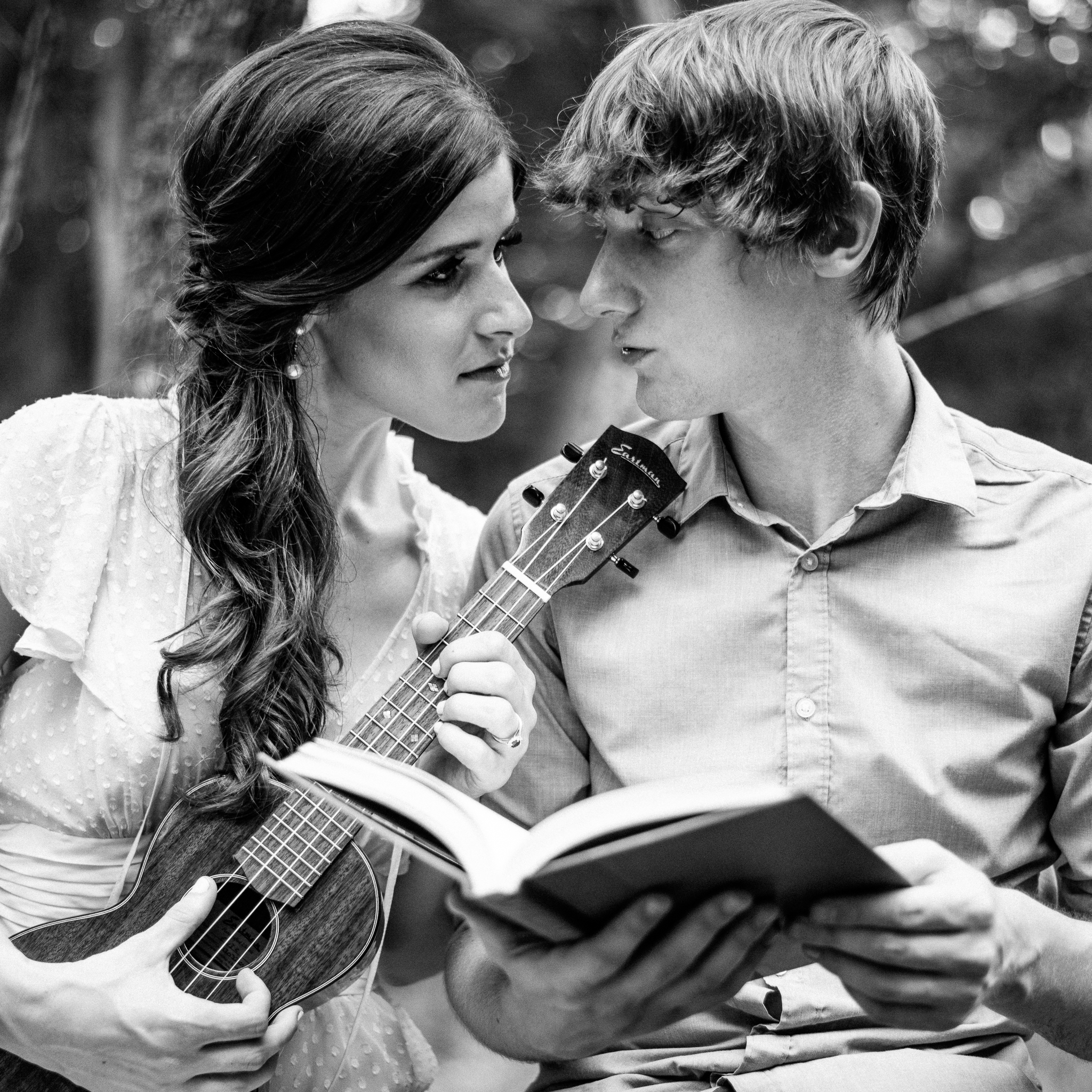 ukulele engagement photography washington dc wedding planner sincerely pete