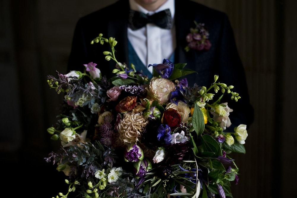 photo:  Erin Tetterton Photography    flowers:  Taffy Floral